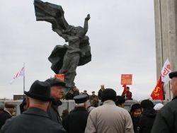 Новость на Newsland: В Латвии хотят снести памятник Освободителям в Риге