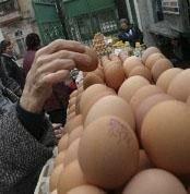В Питере пытаются стимулировать население покупать низкокачественные товары по замороженным ценам