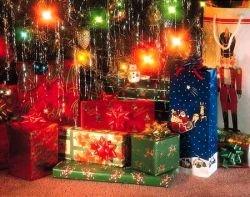 Средний житель российского мегаполиса готов потратить на новогодние подарки 6340 рублей