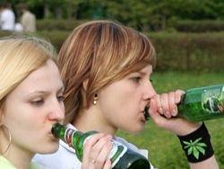 Употребление спиртного в подростковом возрасте и алкоголизм
