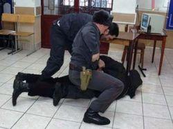Новость на Newsland: В Воронеже полицейские выбивали показания пытками