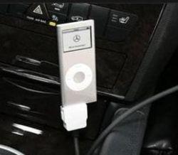 """Компания Mercedes предложит \""""голосовое управление для мобильных телефонов и iPod\"""""""