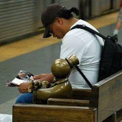 Нью-йоркское метро украшено скульптурами