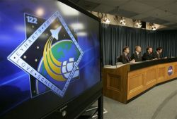 NASA отправит людей на Луну к 2020 году, если Конгресс США выделит деньги