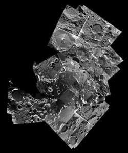 Астрономы ищут место для строительства лунной станции