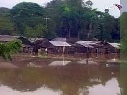 В Малайзии ливни и наводнения привели к гибели 12 человек