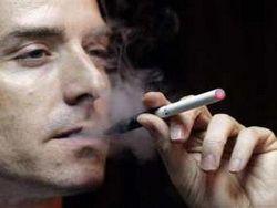 Тушение сигареты о сосок