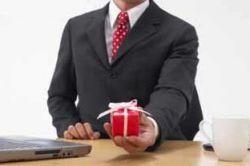 Российские компании потратят $650 млн на новогодние сувениры