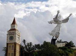 В Индонезии установлена одна из самых высоких в мире статуй Христа