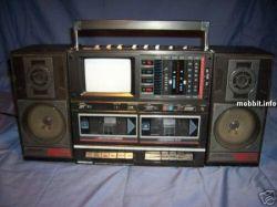 Подборка типичных кассетных магнитофонов 80-х (фото)