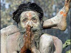 В Индии преступники заживо отрезали святому старцу его целительную ногу