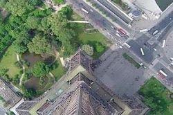 Бельгийский архитектор предложил очистить воздух Парижа с помощью двух башен