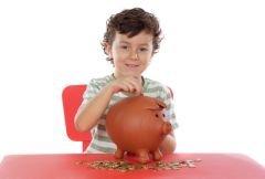 Как научить ребенка распоряжаться деньгами?