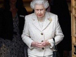 Поставщик сумочек королевы Великобритании расшифровал знаки