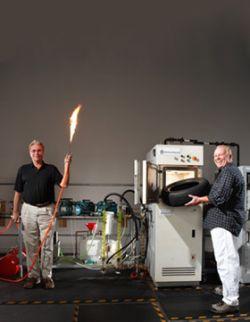 Новая машина Фрэнка Прингла производит топливо из всего, что угодно