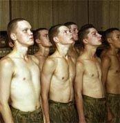 Демографический срыв: с каждым годом военным будет все труднее собирать новобранцев
