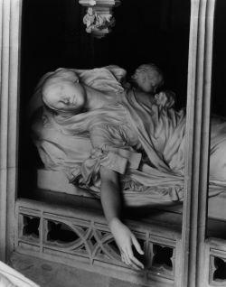 Усыпальница французских королей Сен-Дени (Saint-Denis) (фото)