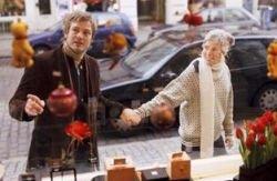 Тратиться на новогодние подарки людей заставляют гены