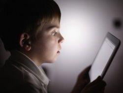 Новость на Newsland: Планшеты уменьшают словарный запас ребенка