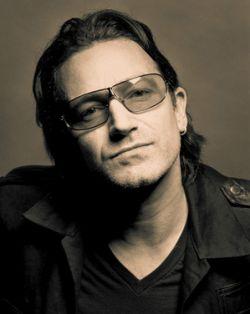 Лидер U2 Боно, вкладывает деньги в развлечения