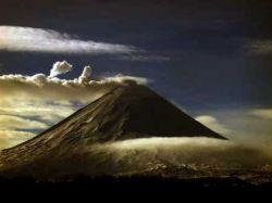 Ученые прогнозируют всплеск активности вулкана Шивелуч на Камчатке
