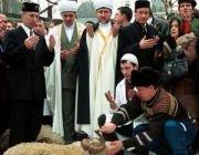 Мусульмане отмечают Курбан-байрам. В ряде российских регионов выходной