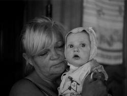 Связь внуков с бабушками и дедушками по материнской линии сильнее, нежели с родителями отцов