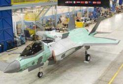 В США построен новый истребитель F-35 с укороченным взлетом
