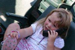 В США родители приобретают мобильные телефоны для своих детей из соображений безопасности