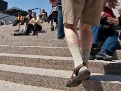 Носки с сандалиями  главное модное недоразумение
