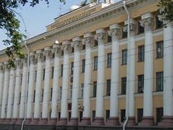 Новость на Newsland: Отец и сын в Петербурге обманули курсантов ВКА на 3,5 млн рублей