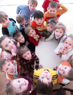Российские сенаторы намерены усилить пропаганду многодетных семей