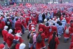 Санта-Клаусы в Новой Зеландии разгромили кинотеатр