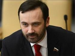 Илья Понаморёв: антигейские законы нужны для самопиара