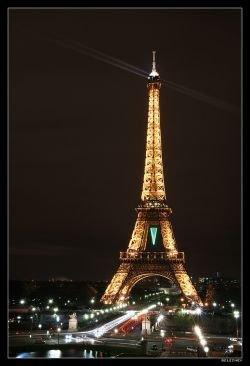 """На Эйфелевой башне известный французский ресторатор Алан Дукасс откроет \""""стеклянный\"""" ресторан \""""Жюль Верн\"""""""