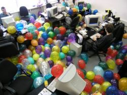 Осторожно: корпоративная вечеринка!