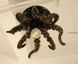 Оригинальные люстры-осьминоги (фото)
