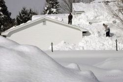 Последствия снежной бури в США (фото)