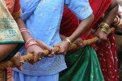 Индусы выгоняют россиян из очереди за частотами