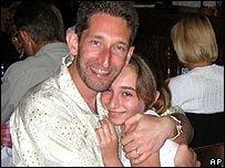 12-летняя американка Франческа Льюис выжила в авиакатастрофе