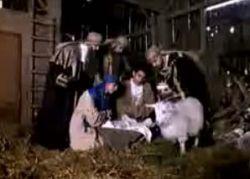 Забавный рождественский ролик: танцующие ангелы и волхвы (видео)