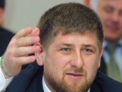 Кадыров открыл памятник женщинам — героям войны с Россией