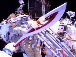 Космонавты с МКС чуть было не потеряли олимпийский факел и не смогли выполнить две задачи.