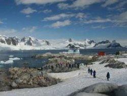 Новость на Newsland: Туристы захламляют Антарктиду