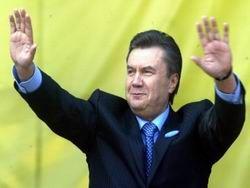 Янукович поздравил украинцев с годовщиной референдума