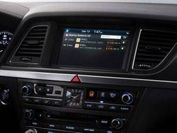"Hyundai Genesis ""подружат"" с очками Google Glass"