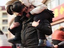 Новость на Newsland: Девушка оглохла от страстного поцелуя