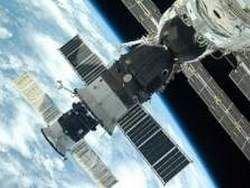 Внешняя обшивка МКС разрушается от радиации
