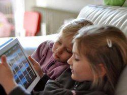 Медики: планшет iPad вызывает психическую зависимость
