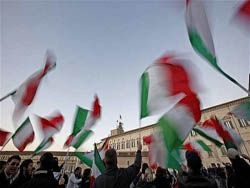 Италия чахнет из месяца в месяц